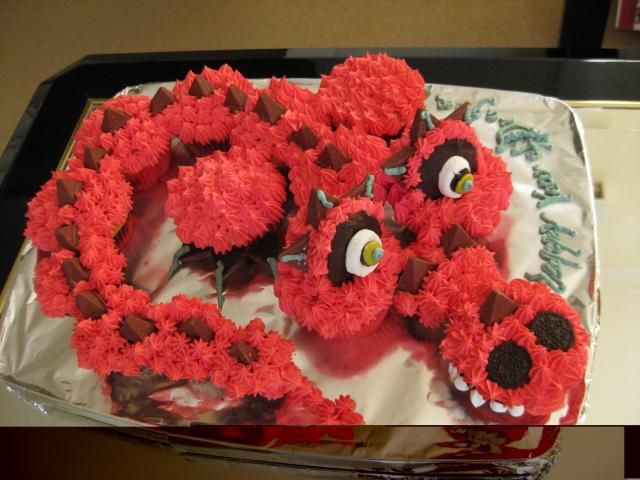 3528 Best Cupcake Cakes Cupcake Pull Apart Cakes Images