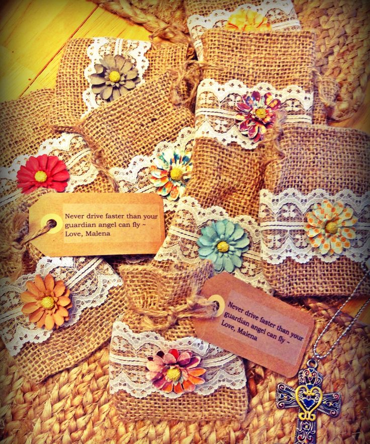 Party favours-burlap and lace