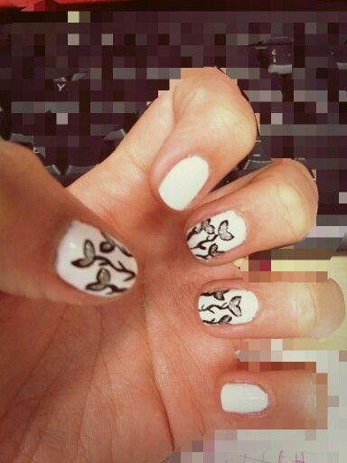 Nail art rosas