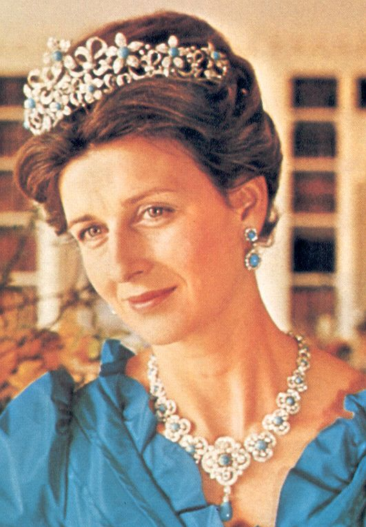 Her Royal Highness Princess Alexandra, The Honourable Lady Ogilvy. Granddaughter of George V, daughter of Prince George Duke of Kent and Princess Marina of Greece and Denmark, 1st cousin to Queen Elizabeth. She married the Hon. Angus Ogilvy (later knighted) in 1963. The couple have 2 children.