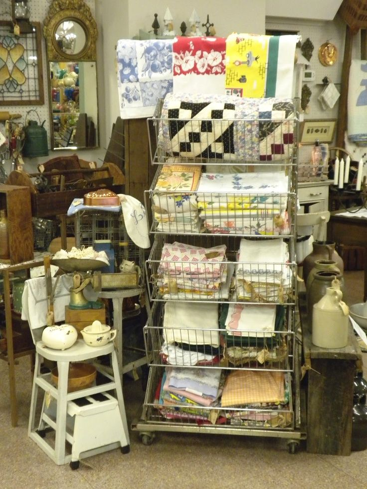 Shabby Shop Antique Store Display Ideas | Display Rack Of Vintage