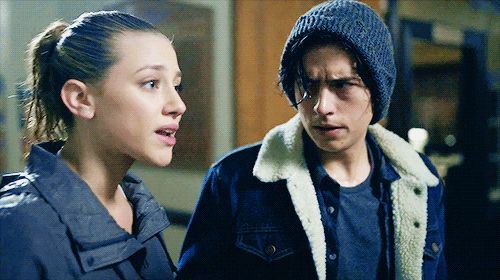 RIVERDALE - jughead's facial expressions are just so intense