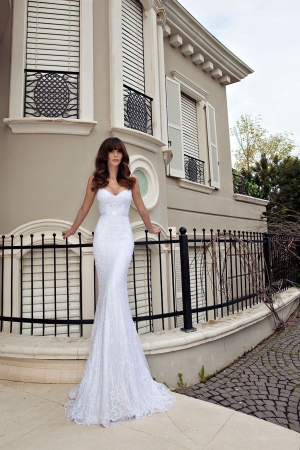 Julie vino gown. Love her dresses. Simple elegance!
