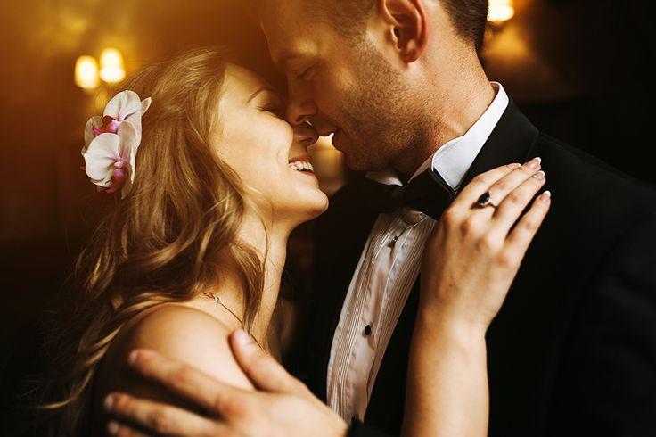 Były najlepsze piosenki na pierwszy taniec, teraz czas na najlepsze weselne utwory. 🎵🎵  Sprawdźcie nasze propozycje! :)