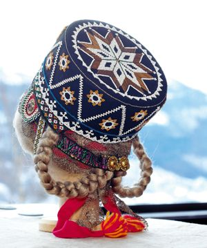 Voss  (Norway) traditional hat with embroidery details