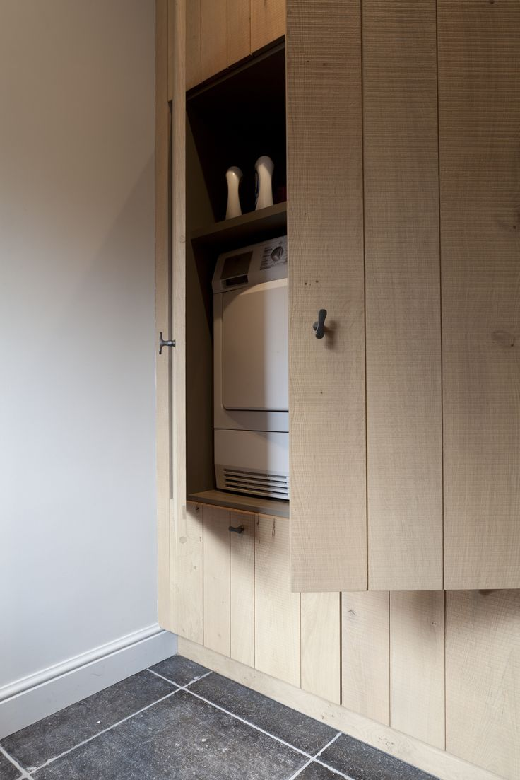 Cabinet to hide the washing machine, by Luxhome