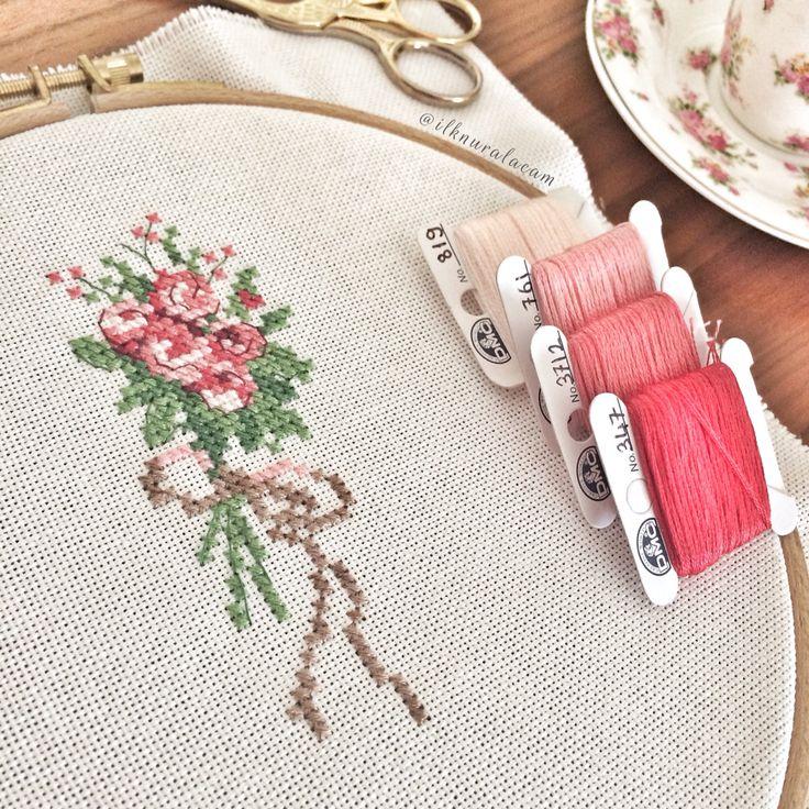 17 Best Ideas About Cross Stitch Flowers On Pinterest