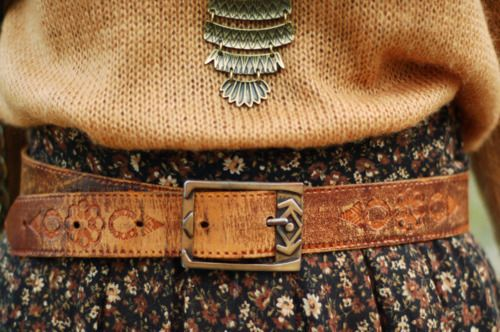 cute: Sweaters, Warm Colors, Floral Skirts, Fall Wint, Autumn, Owl Necklaces, Outfit, Tools Leather, Leather Belts