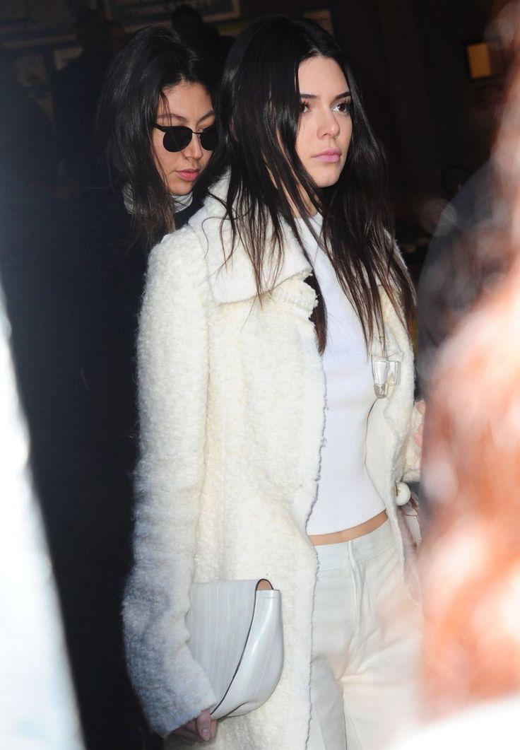 celebstills: Kendall Jenner - Odchod Calvin Klein Módna prehliadka v New Yorku, február 2016