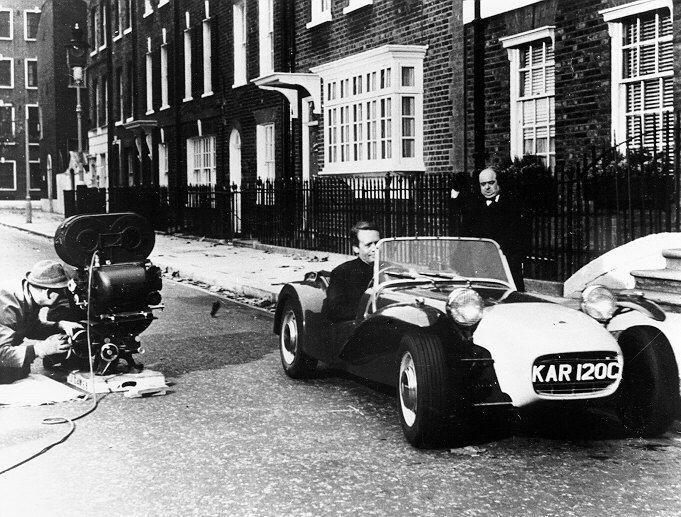 Patrick McGoohan filming the Prisoner TV series - 1965 S2 - KAR 120 C