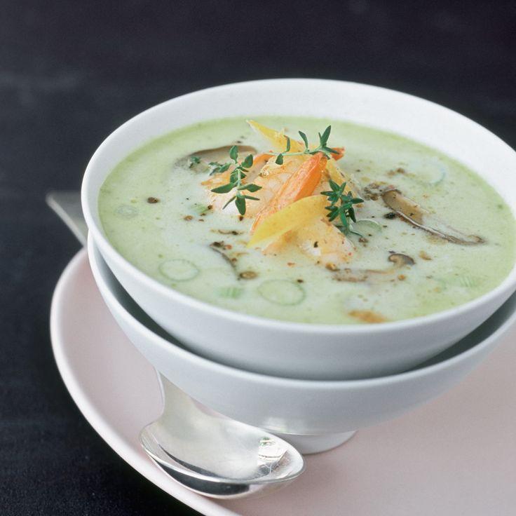 Soupe de lait de coco aux champignons et crevettes
