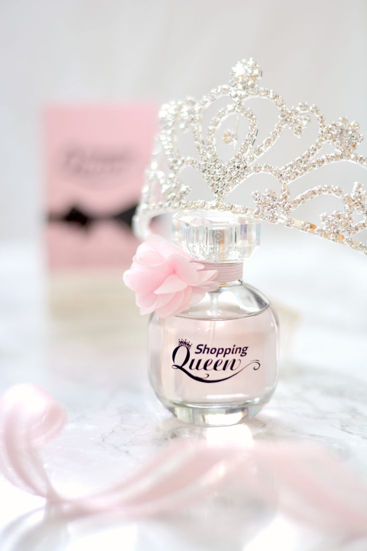 """Absolutely loving this Shopping Queen """"Queen Of The Day"""" EdP at the moment! 😍 There's a full review up on the blog now! 😊👇  💕 http://www.liliesbeauty.com/2017/06/queen-of-day-edp.html 💕"""