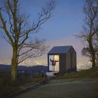 Luna Hut (2012/Kobe, Hyogo) © Hideya Amemiya