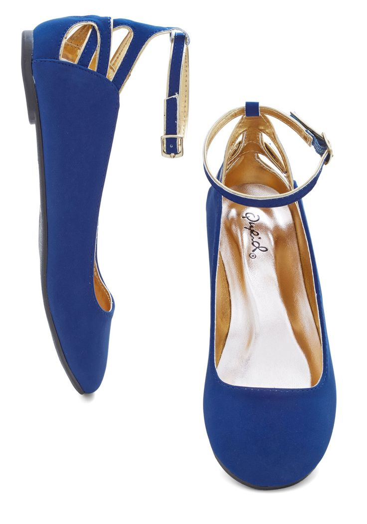 Tiptoe to the Trellis Flat. You hop from one stone to another on your garden path in these cobalt-blue flats. #blue #modcloth