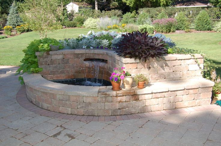 Cinder block bench and planter seat bench planter with for Cinder block pond ideas