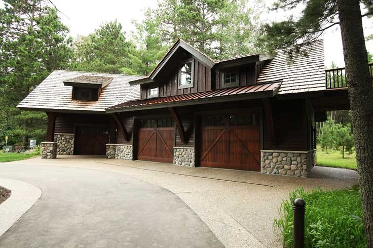17 best images about house exteriors on pinterest for Nice doors for house