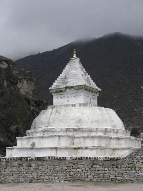 Buddhist stupa, Khumjung