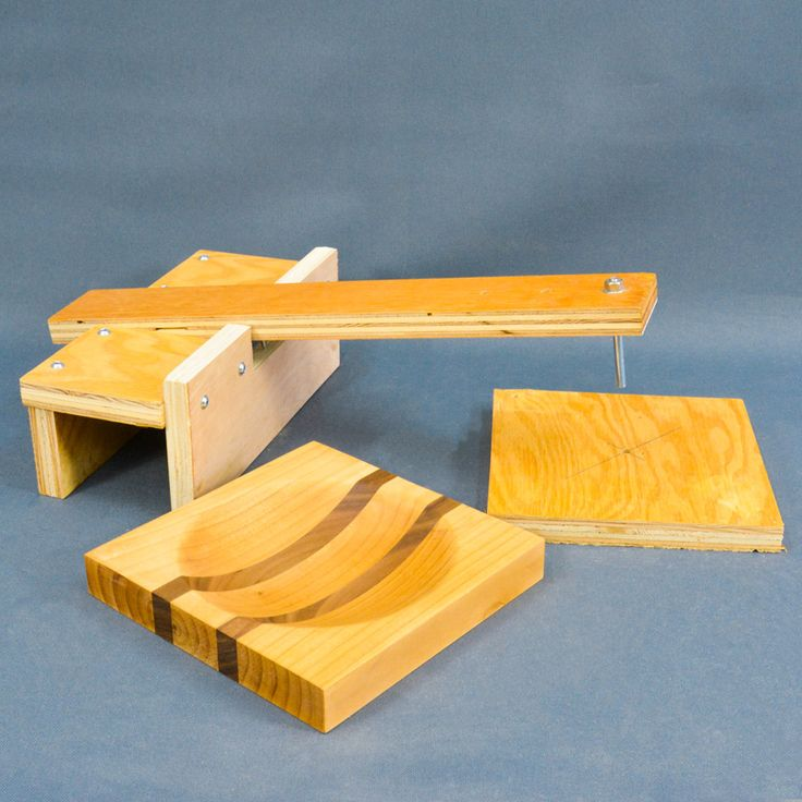 How to make a candy bowl using a table saw with this Table saw bowl jig. #woodworking #wood