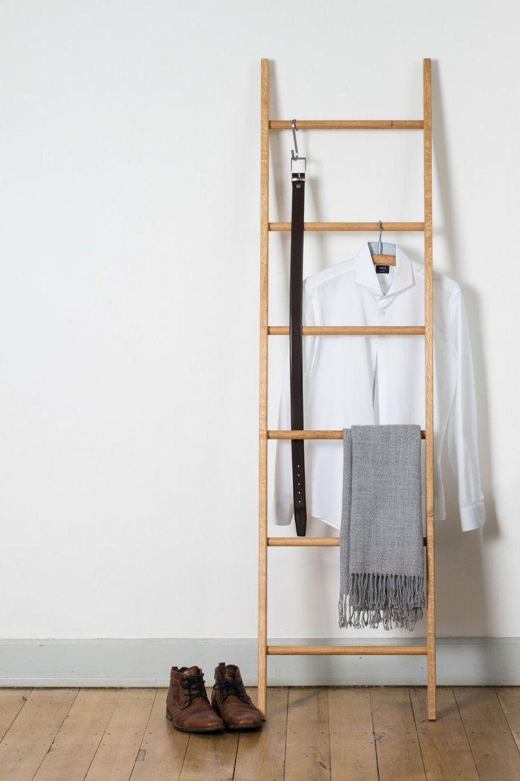 Kleiderleiter für mehr Ordnung im Schlafzimmer oder Badezimmer. Der moderne Stumme Diener in ...