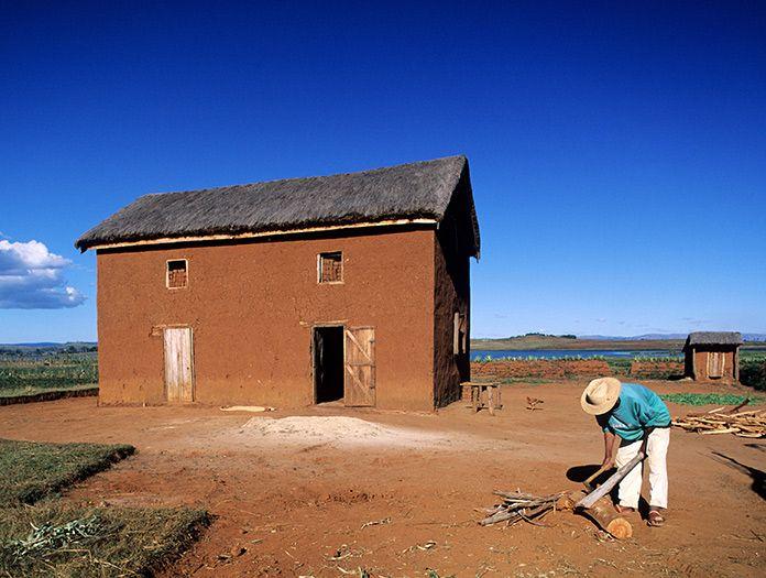 Maison fait à partir de boue