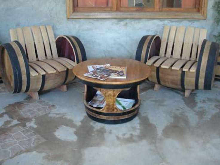 Muebles hechos con barricas de vino carrete de madera y for Bar hecho en madera