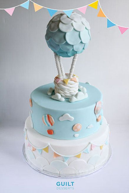 Cake Decorating Hot Air Balloon : Hot Air Balloon Cake - cute fondant bunting Make a cake ...