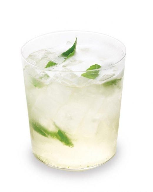 ~Basil French 75 Recipe -- Made with gin and champagne, this cocktail perks up when herbs are added to the mix!