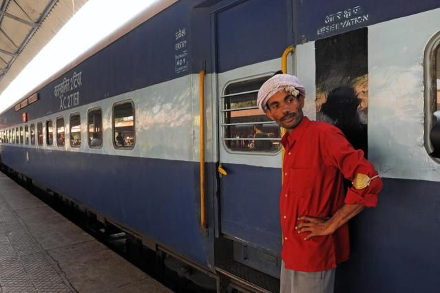 Indian Railways: Impossible for Foreigners to Make Online Reservations?