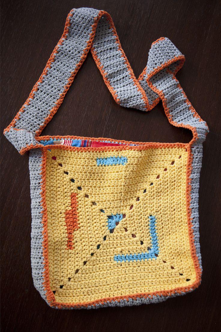 Crochet bag by THEIA Lab's student, Datse Komseli.