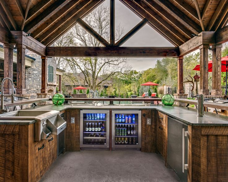 brentwood outdoor entertaining with true residential 24 beverage center glass door refrigerator 24. Interior Design Ideas. Home Design Ideas