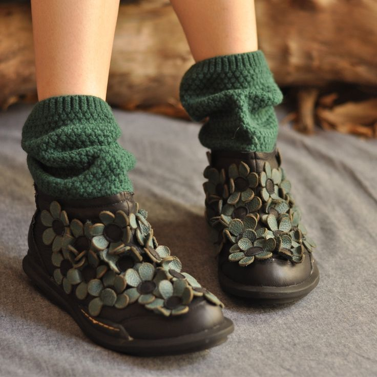 138.00$  Watch here - http://ai3wc.worlditems.win/all/product.php?id=32756365326 - New Artmu Winter Women Martin Boots Sweet Patchwork Handmade Flower Casual Boots Low heeled Female Boots Size 40