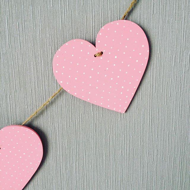 В наличии гирлянда сердечки в горошек. Прекрасно подойдёт для декора детской. Цена 120₽/шт Для заказа пишите в Директ или Whatsapp/Viber +79601226091