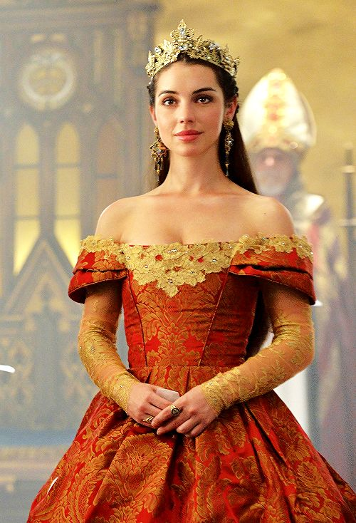 still of Adelaide Kane as Mary Stuart in 'The Coronation' (2x03) [x]