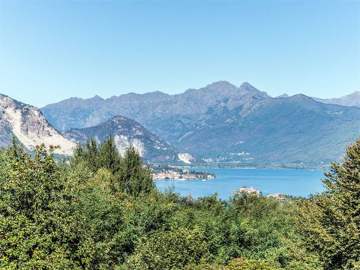 Lakefront villa with views of the Borromee Islands   Stresa, Verbano Cusio Ossola, Italy – Luxury Home For Sale