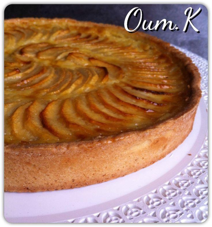 Voici une super tarte délicieuse la tarte aux pommes a l'alsacienne, un classique que je fais minimum une fois par semaine ici et avec ma recette de page sablée a tomber je vous livre tout mes secrets on y va!! Pour un cercle de 24 cm de diamètre : 3...