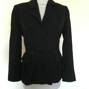 140 TL / Machka 36 Orjinal Yün Siyah Blazer Ceket GittiGidiyor'da 200163881