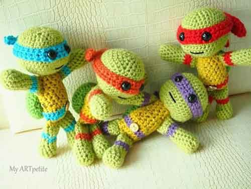 Free Crochet Pattern: Teenage Mutant Ninja Turtles - Lil Moo Creations