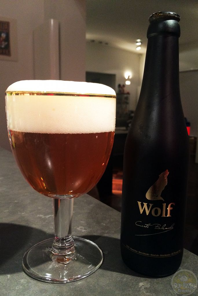 07-Oct-2015: Wolf Carte Blanche by Brouwerij Wolf. A very nice blonde. Fruity and bitter on both the aroma and the flavor. A little bit spicy. Quite good. 8.5% abv. #ottbeerdiary
