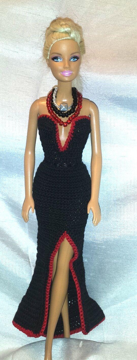 Vêtements de Barbie au crochet robe de poupée par GrandmasGalleria