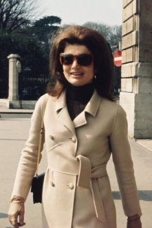 classic Jackie, 1968. Look at the great styling of the sash/belt of this coat.