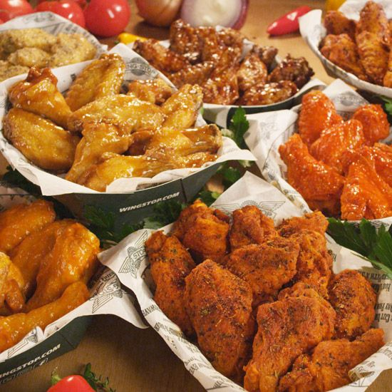 Several different wing recipes from restaraunts across U.S.