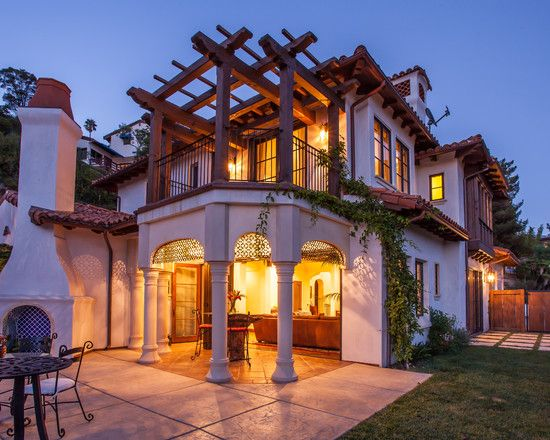 Charming Spanish House In Classic Design: Wonderful Las Alturas Residence  Exterior With Traditional Patio ~