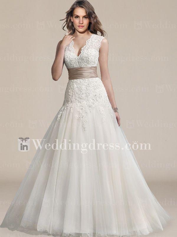 Glamorous Tulle Lace V Neck Destination Wedding Gown DE439