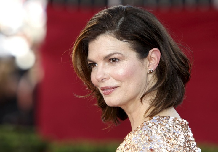 Jeanne Tripplehorn wears Diamond in the Rough jewelry on the red carpet. : DITR Celebrities ...
