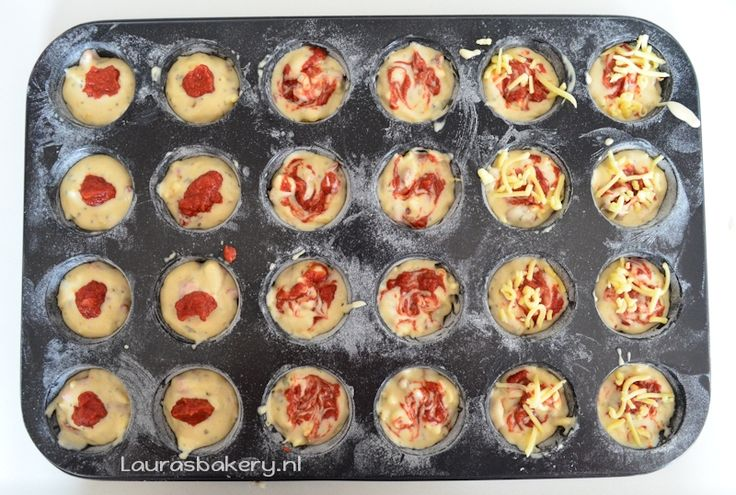 Mini pizza muffins - Laura's Bakery