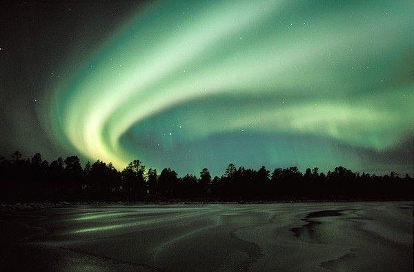 Aurora borealis by Martti Rikkonen.