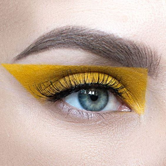 Yellow Eyeshadow Is the Surprising Makeup Trend Taking Over Spring