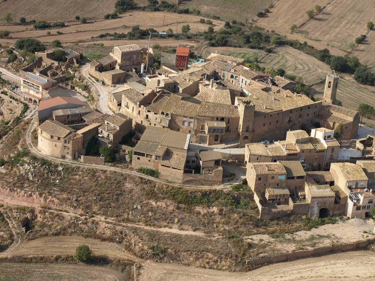 #Florejacs, Segarra (Cataluña- Catalonia) tiene un castillo del año 1099 http://www.turismesegarra.com/