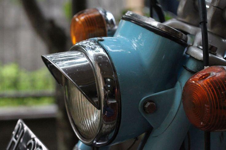 Honda S90's Head Lamp