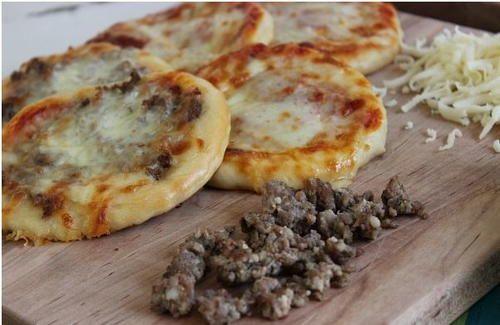 Copycat Pizza Hut Homemade Pizza Sliders | AllFreeCopycatRecipes.com